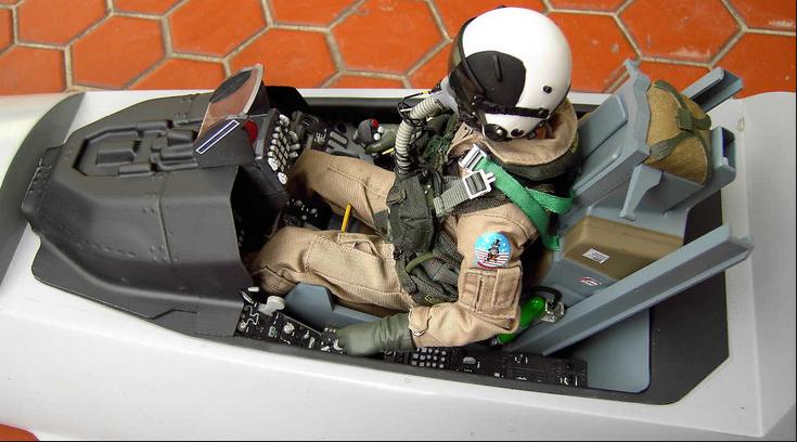 F16 Cockpit.PNG
